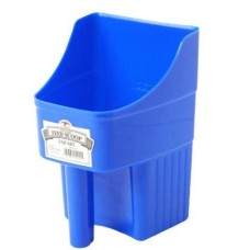 LITTLE GIANT Plastic Enclosed Feed Scoop  Heavy Duty Durable Stackable Feed Scoop with Measure Marks (3 Quart)